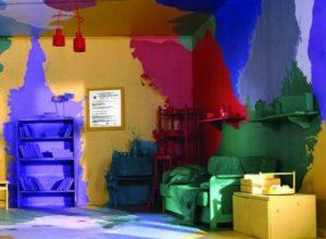 Ремонт. Водоэмульсионные краски: технология окрашивания потолка